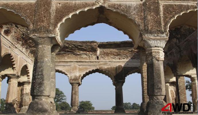 Emperor Shah Jahan had originally planned to build the Taj Mahal in Burhanpur