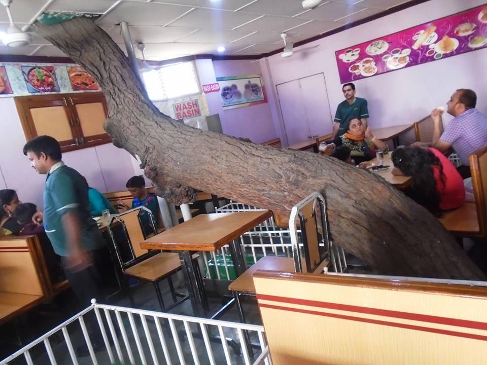 Lucky Restaurant in Ahmedabad