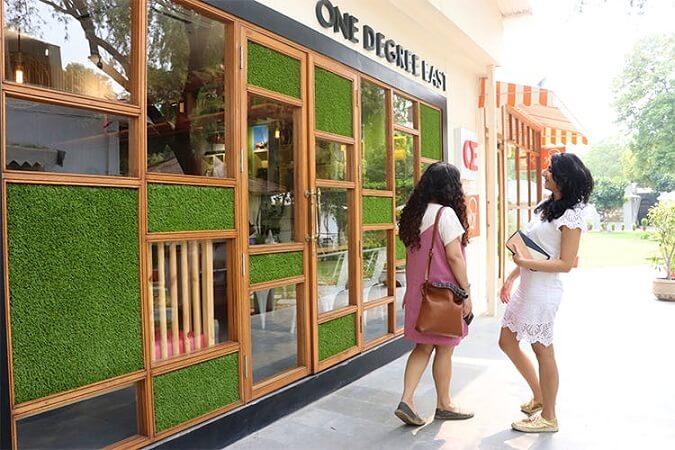 santushti shopping complex delhi