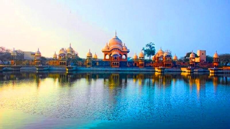 religious places to visit near delhi